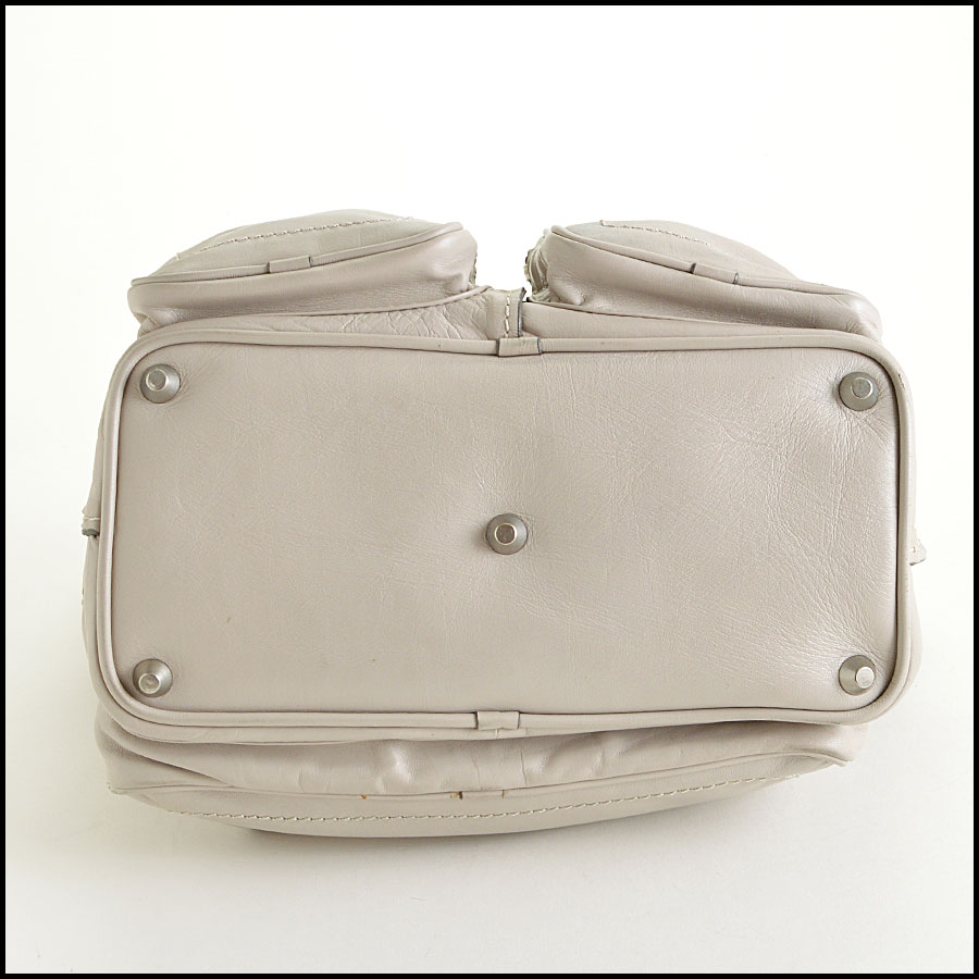 RDC7764 Chloe Grey Leather Tote bottom