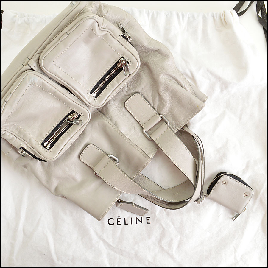 RDC7764 Chloe Grey Leather Tote comes with