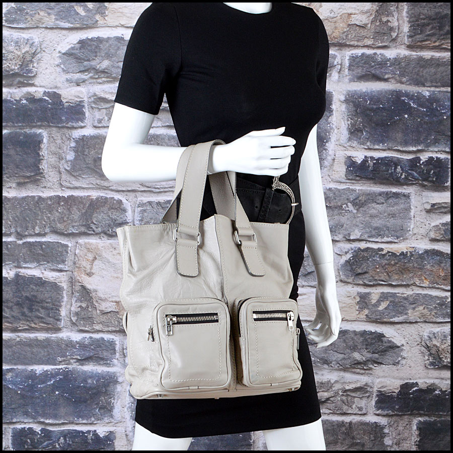 RDC7764 Chloe Grey Leather Tote mannequin