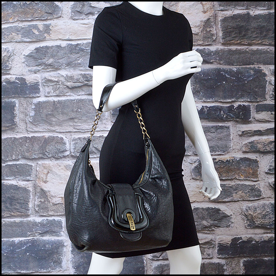 RDC8360 Fendi Black Hobo B Bag model
