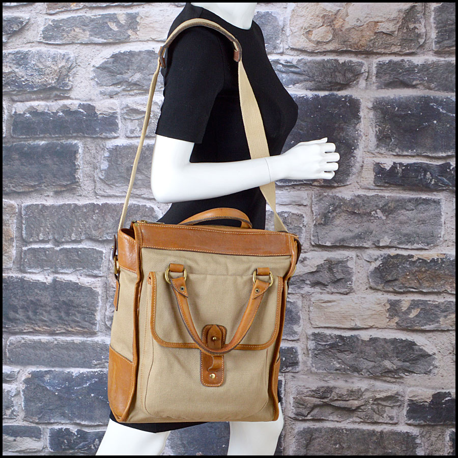 RDC8376 Ghurka Beige and Tan The Overlander shopper Tote model