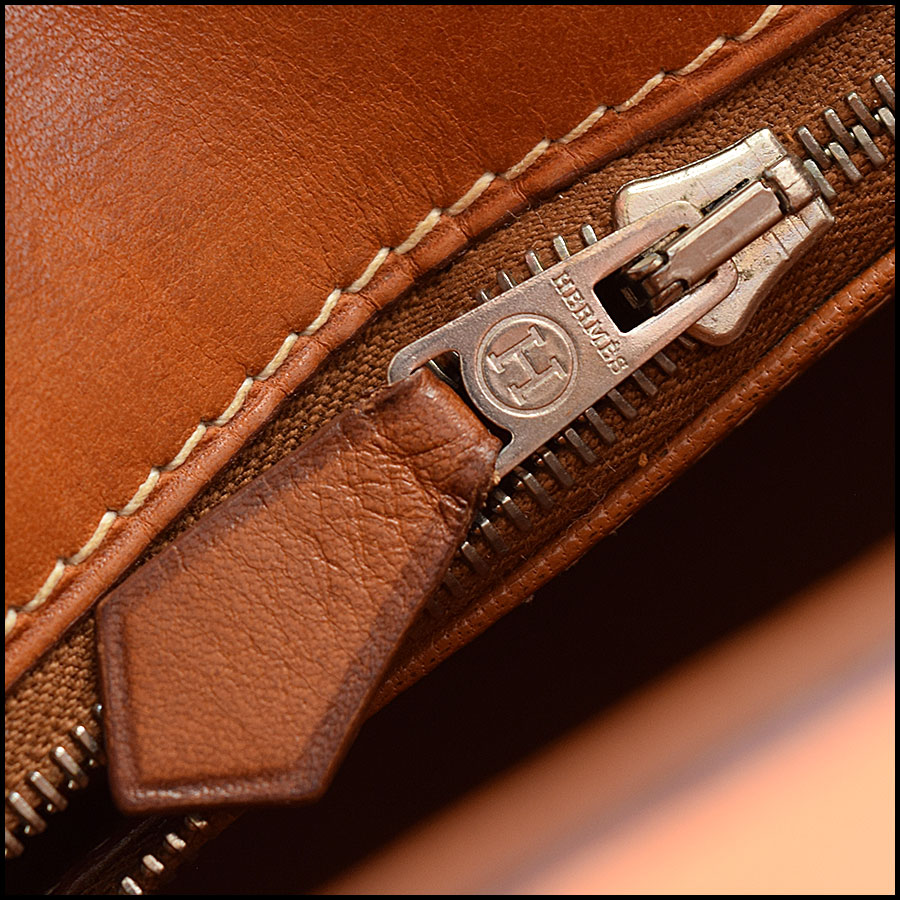 RDC9226 Hermes Kelly Barenia close up 2