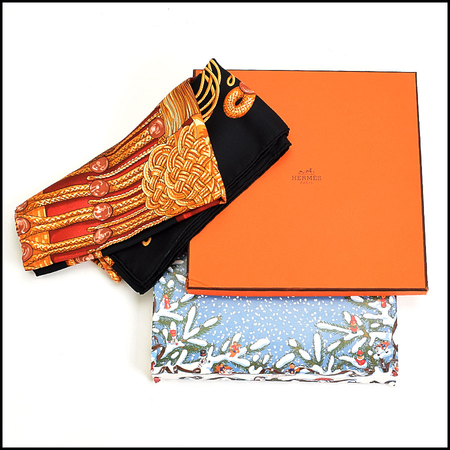 RDC8958 Hermes Scarf includes