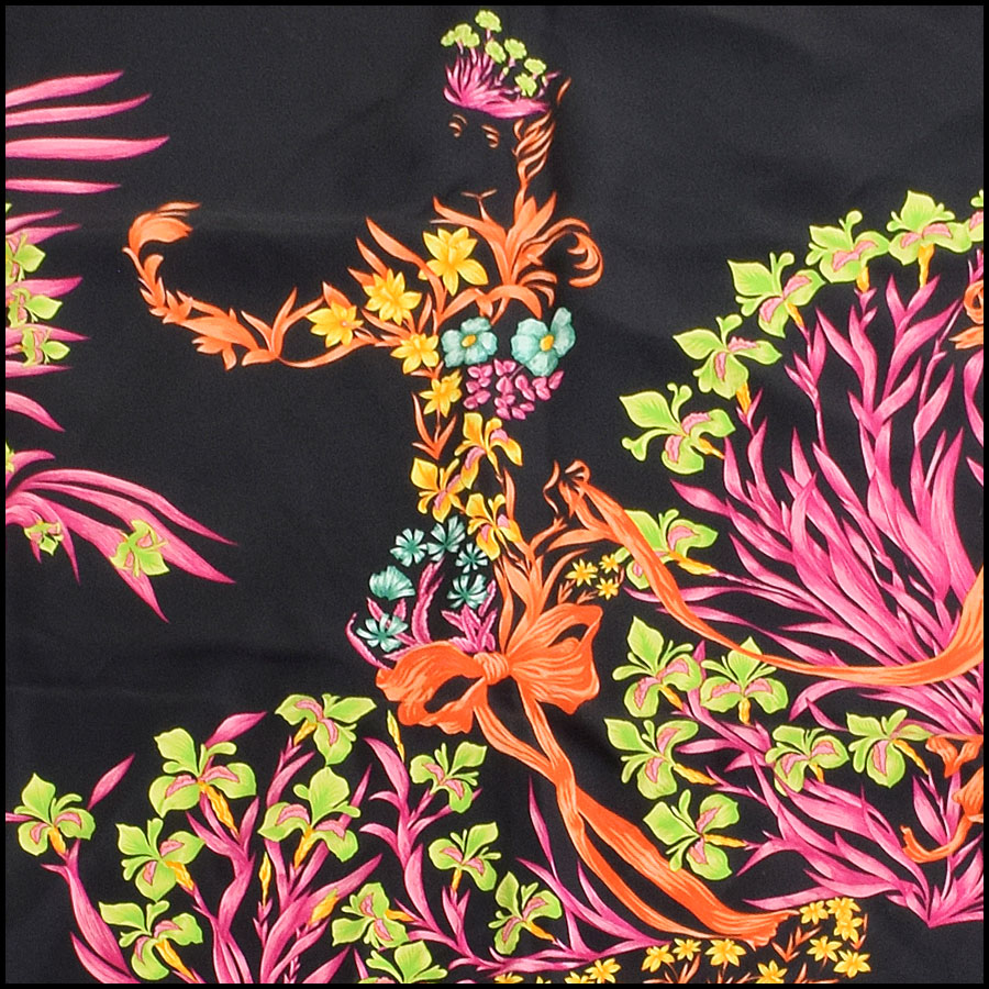 RDC9264 Hermes Black Cheval Scarf close up