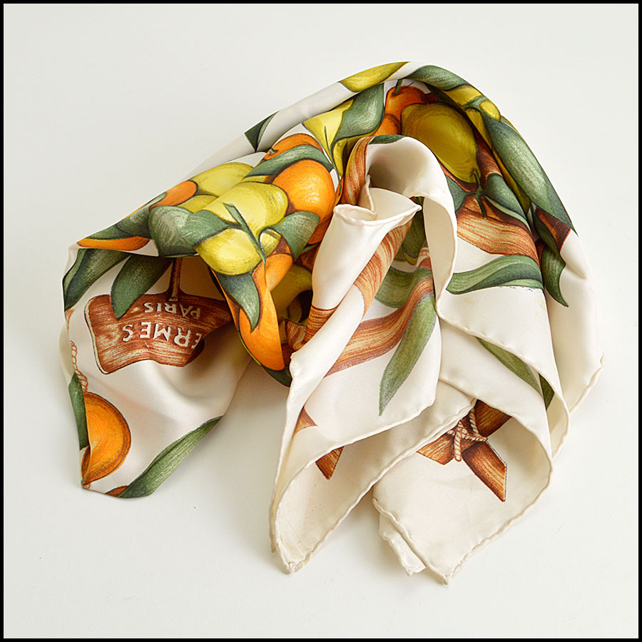 RDC8623 Hermes Ivory Citrus Fruits Stand Scarf fold