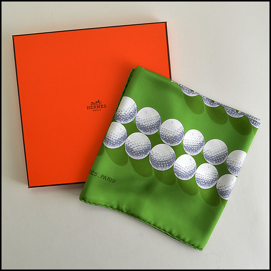 RDC7823 Hermes Green Balles de Golf II 90cm Silk Twill Scarf comes with
