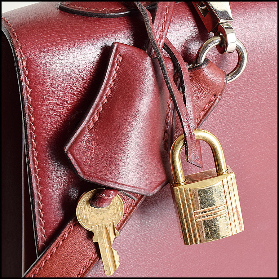 RDC9225 Hermes Kelly Rouge includes