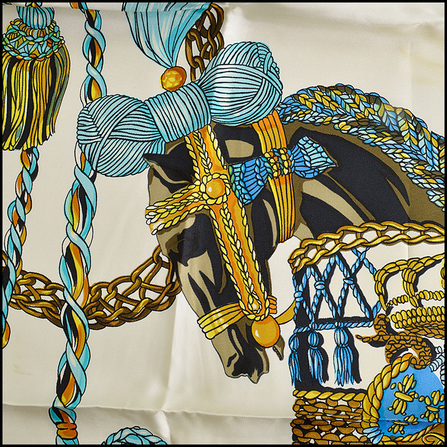 RDC8624 Hermes Ivory and Blues Le Timbalier Scarf close up 3
