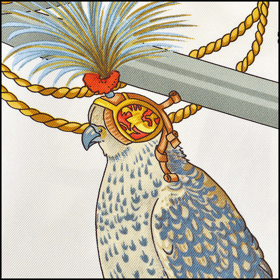 RDC8622 Hermes Tan Les Oiseaux Du Roy close up