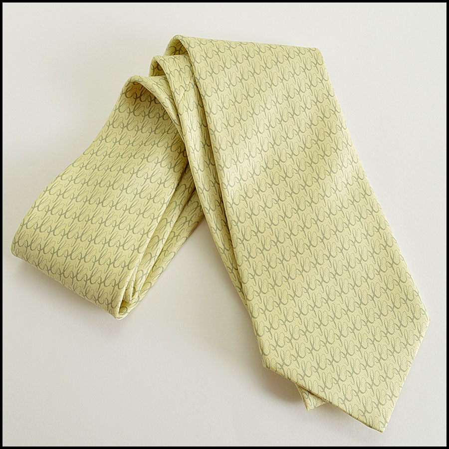 Hermes silk elephants tie