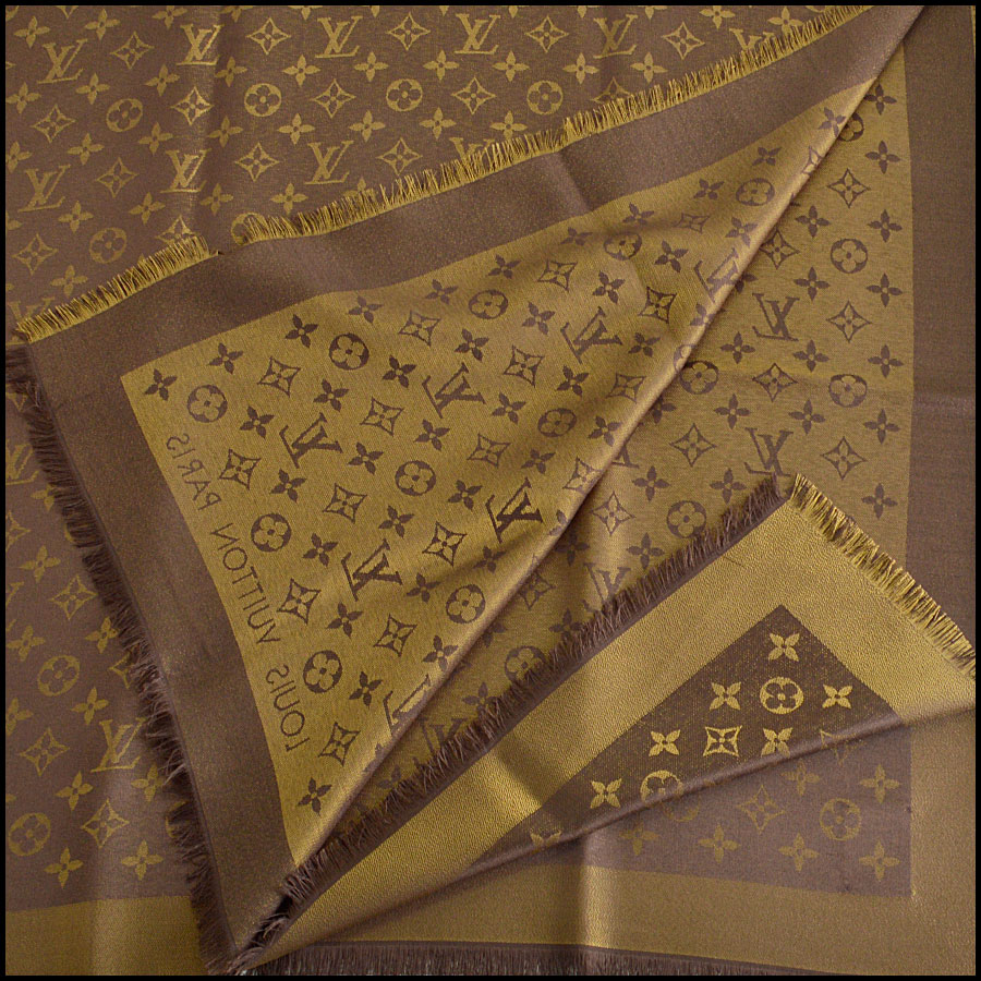 RDC8406 Louis Vuitton LV Monogram Brown Shine Shawl fold