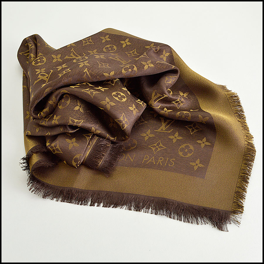 RDC8406 Louis Vuitton LV Monogram Brown Shine Shawl fold 2