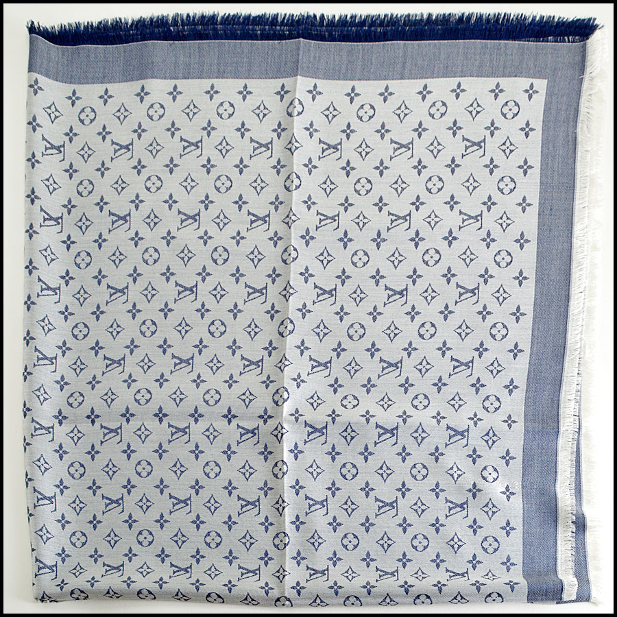 RDC8372 Louis Vuitton Denim Blue and Ivory Shawl fold