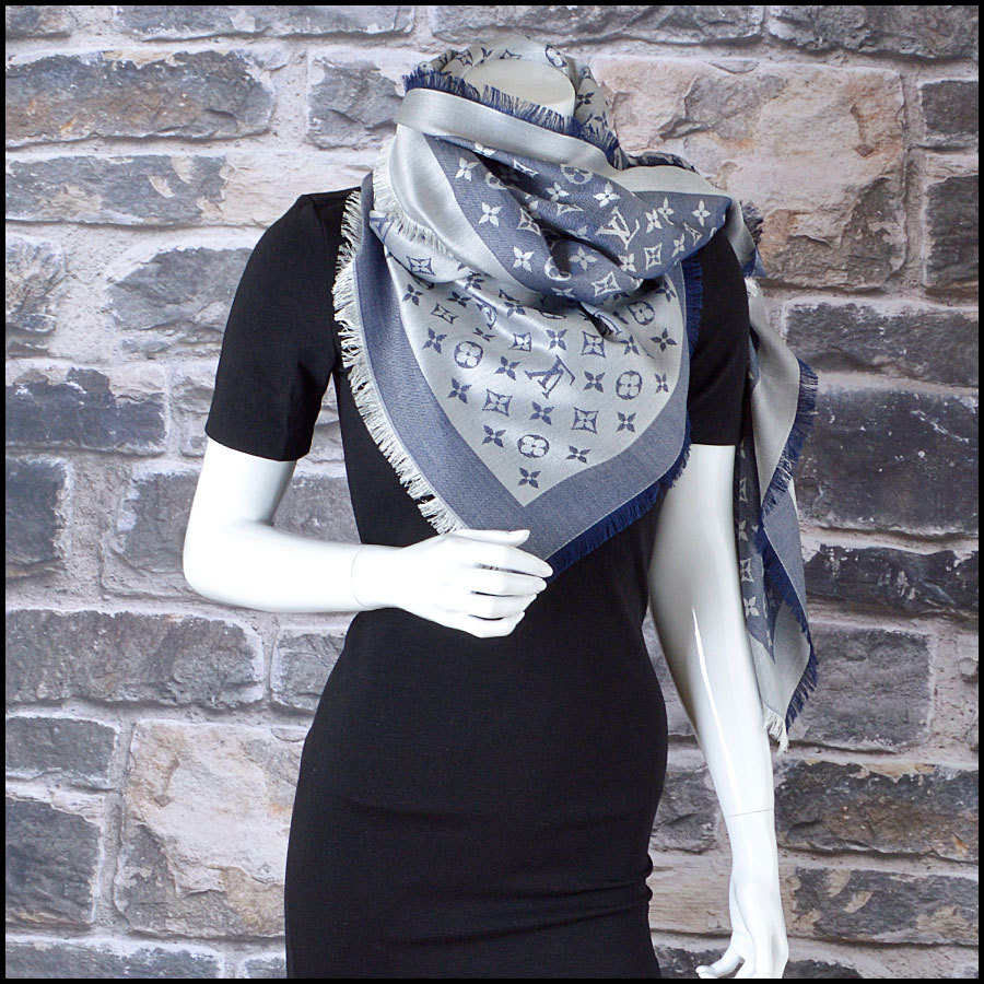 RDC8372 Louis Vuitton Denim Blue and Ivory Shawl model