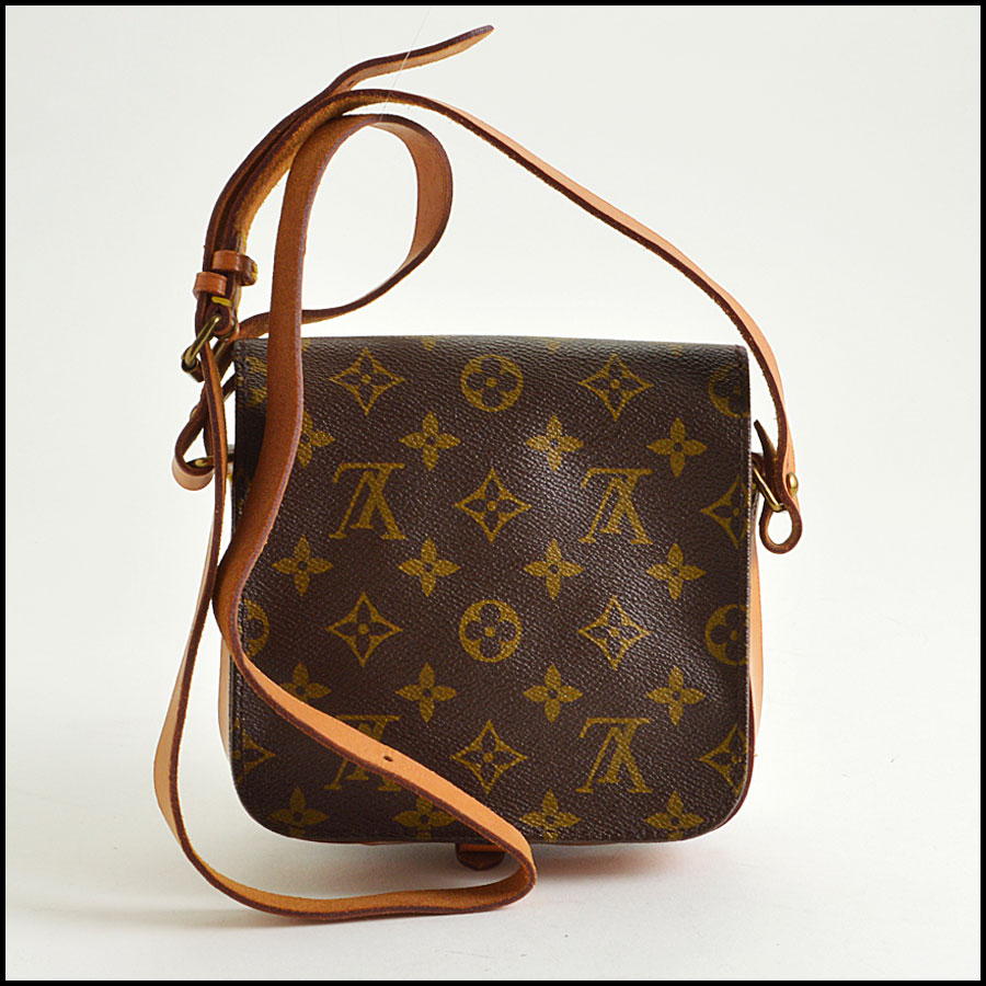 RDC8552 Louis Vuitton mini Cartouchiere back
