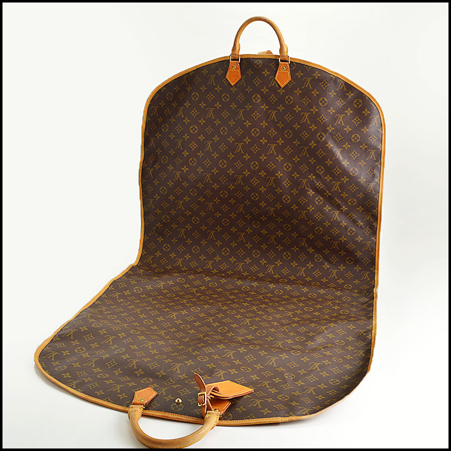 RDC8645 Louis Vuitton Monogram Porte Housse Garment Bag inside 1