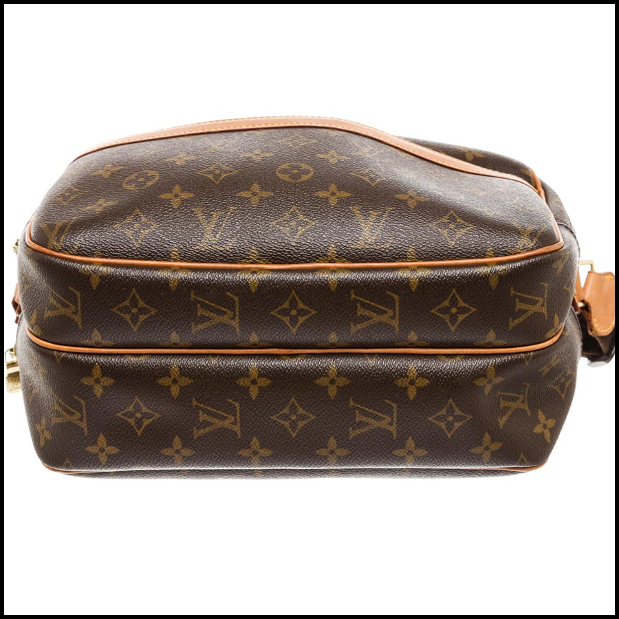 RDC7869  Louis Vuitton LV Monogram Canvas Reporter PM Crossbody bottom