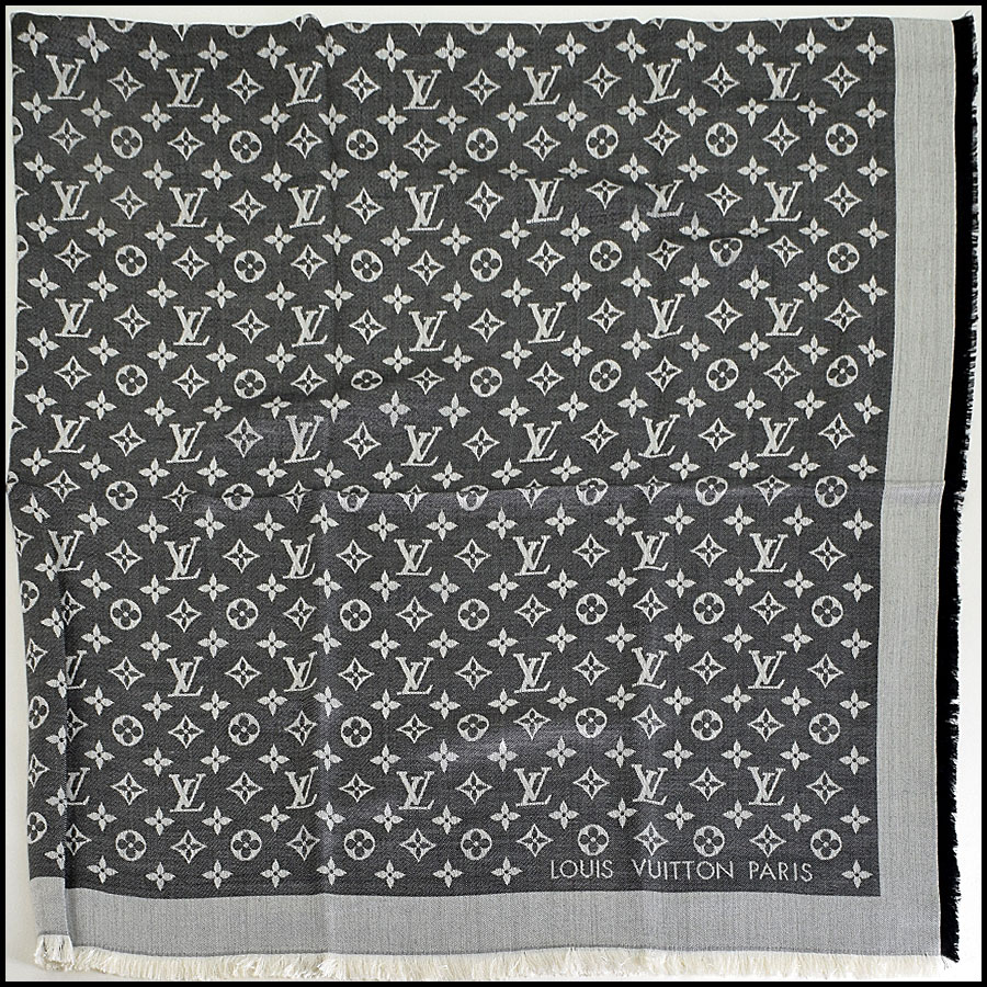 RDC9176 Louis Vuitton Black LV Monogram Shawl