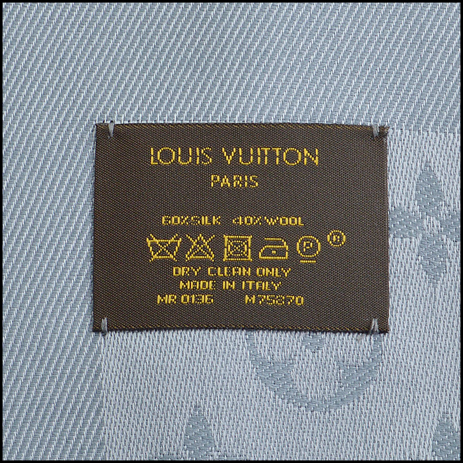 RDC9179 Louis Vuitton Grey Monogram Shawl tag