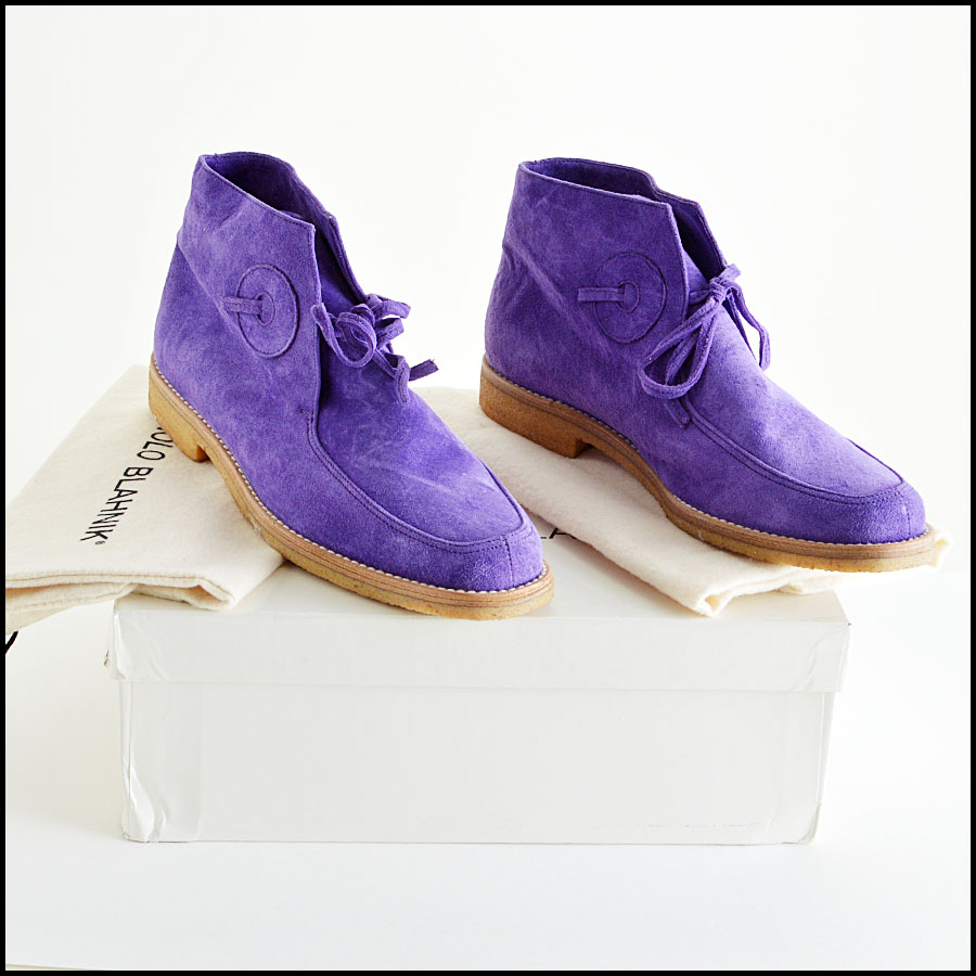 Manolo Blahnick Violet Suede Leather Chukka Boots Booties Extras