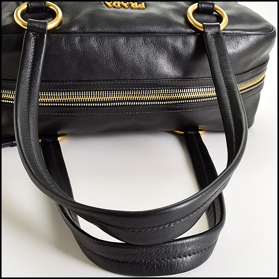 RDC9335 Prada Leather Tote  handle