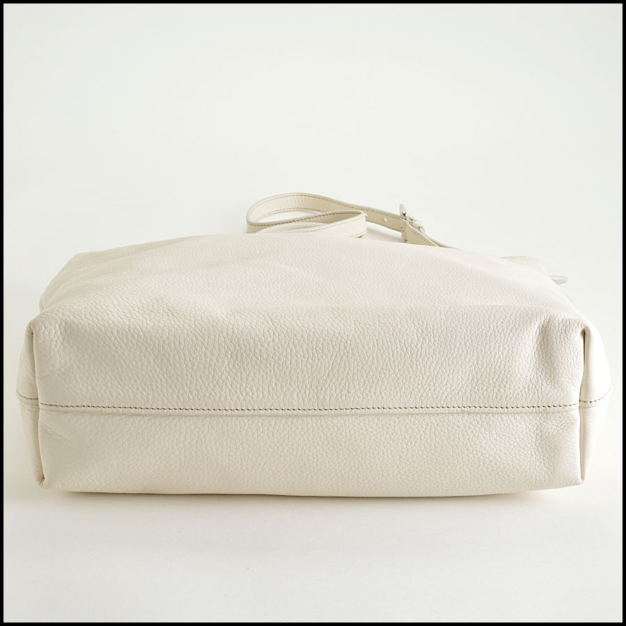 RDC8147 Prada White Vitello Daino Tote bottom