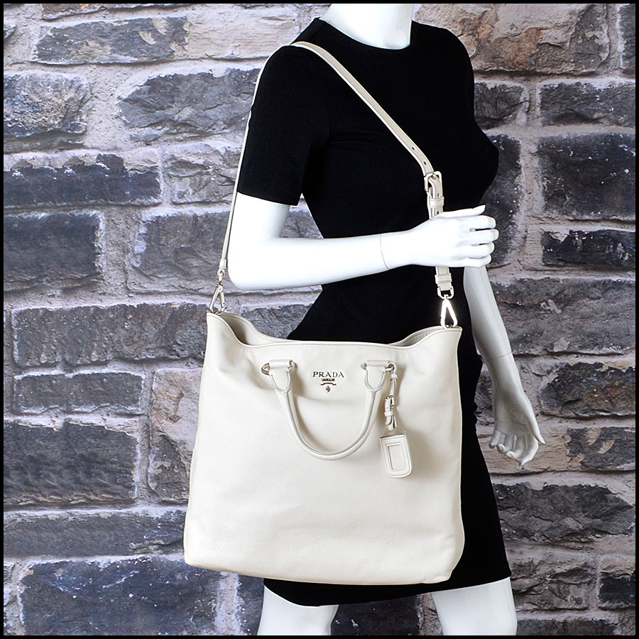 RDC8147 Prada White Vitello Daino Tote model