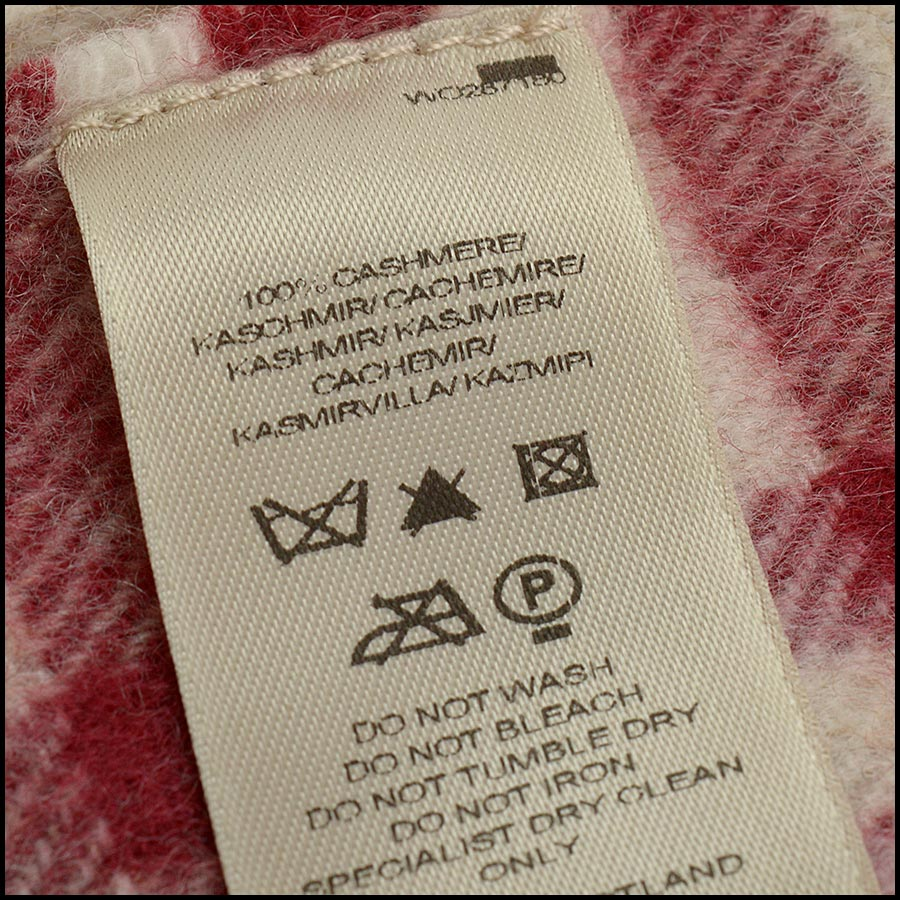 RDC11264 Burberry Red/Beige Cashmere Scarf close up