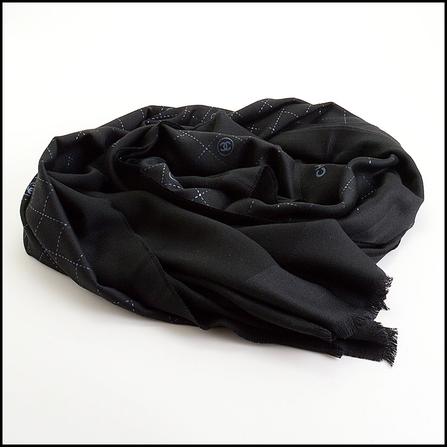 RDC11094 Chanel Black Metallic Stamped Logo Wool Scarf Wrap fold