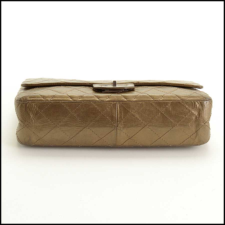 RDC11440 Chanel Bronze 227 Jumbo Reissue bottom