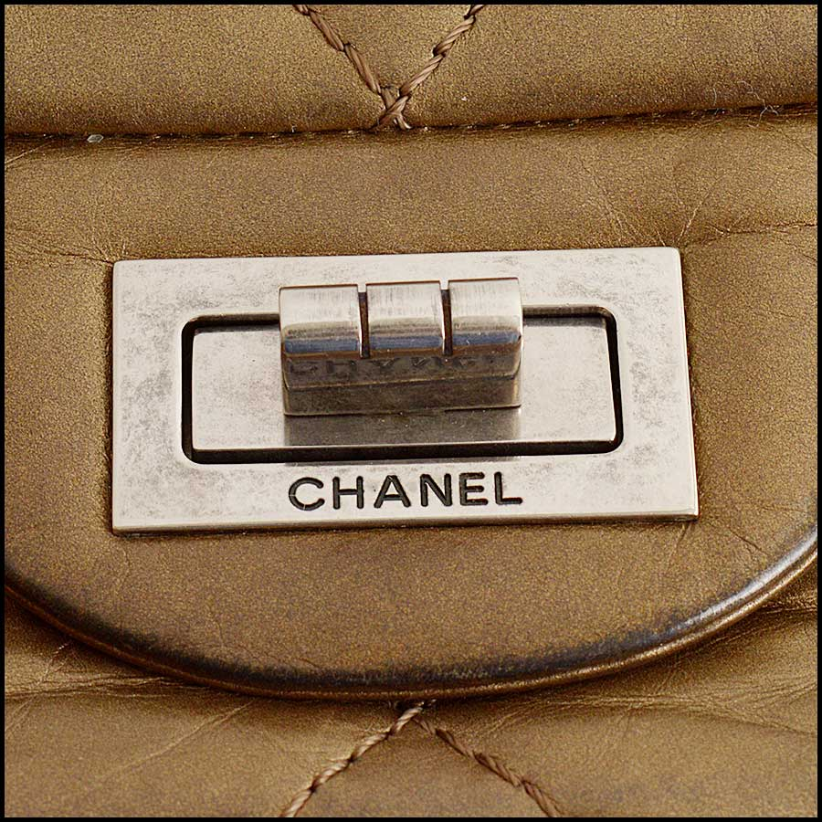 RDC11440 Chanel Bronze 227 Jumbo Reissue close up 2