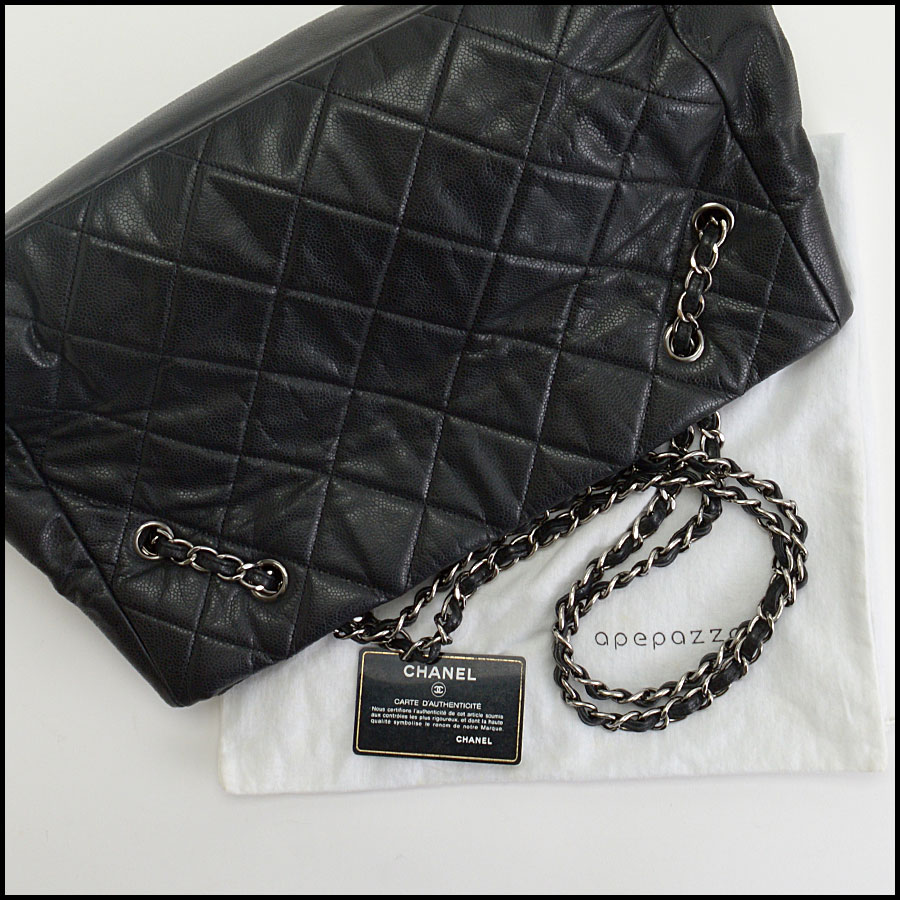 RDC10449 Chanel Black Medium Cells Tote includes