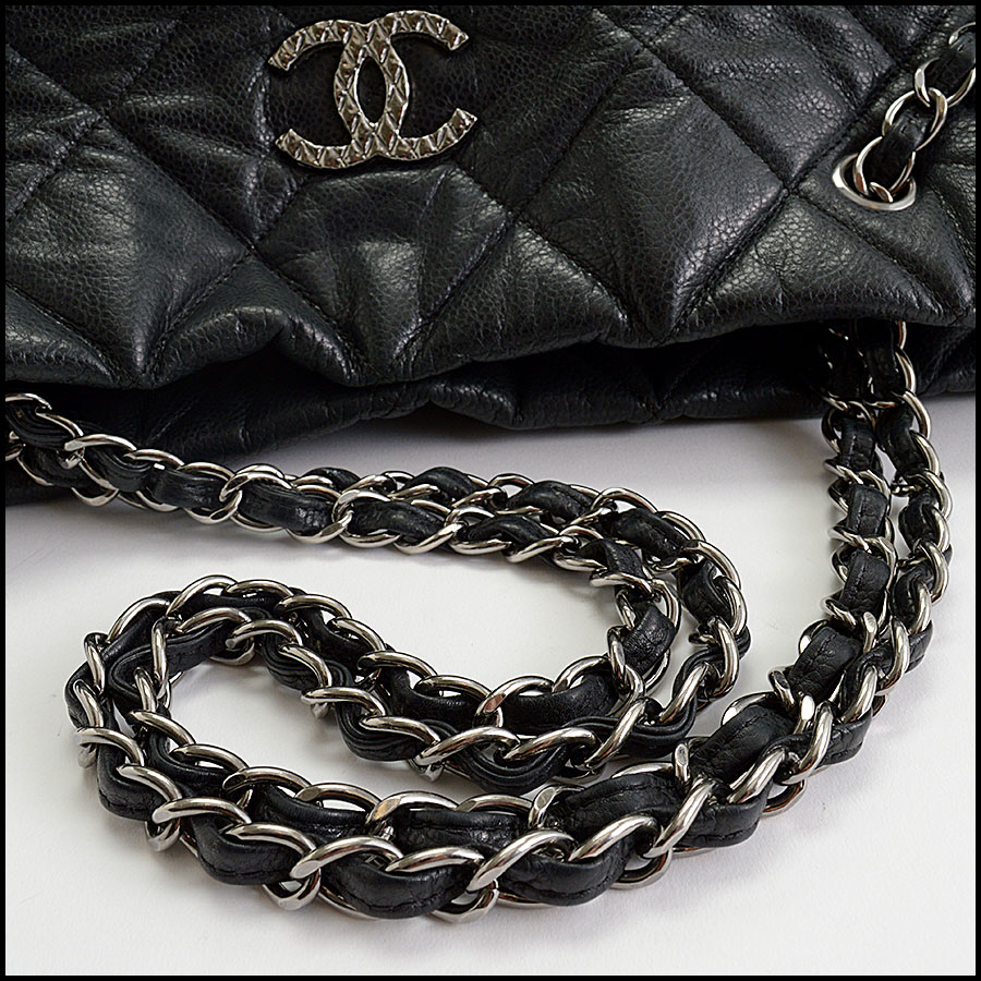 RDC10449 Chanel Black Medium Cells Tote handle