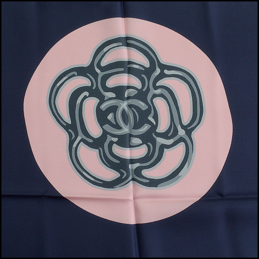 RDC11064 Chanel Navy/Pink/Ivory Lucky Charms Silk Scarf close up