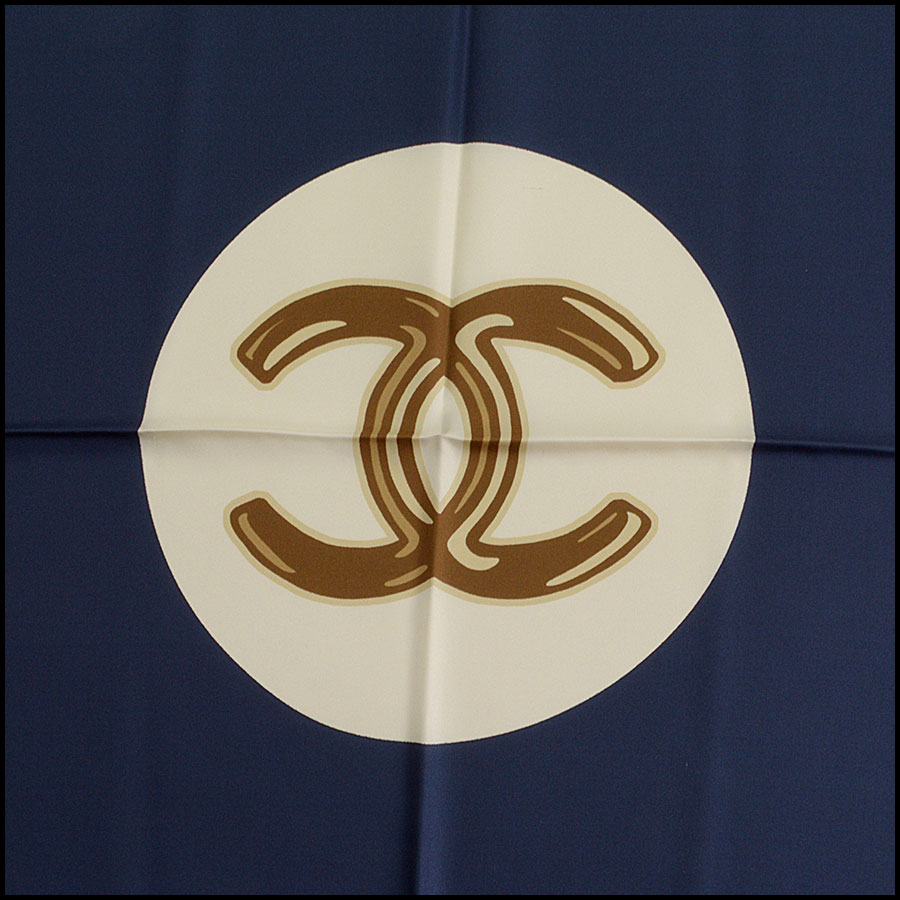 RDC11064 Chanel Navy/Pink/Ivory Lucky Charms Silk Scarf close up 2