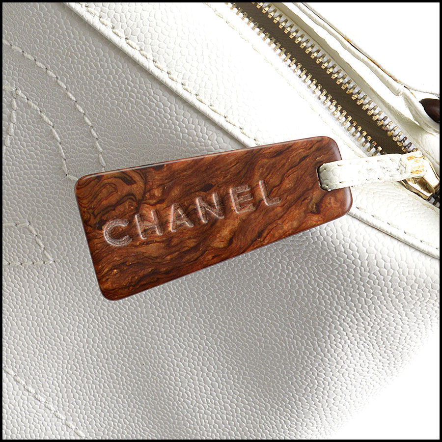 RDC10612 Chanel White Caviar Leather Sac Divers Bag tag 1