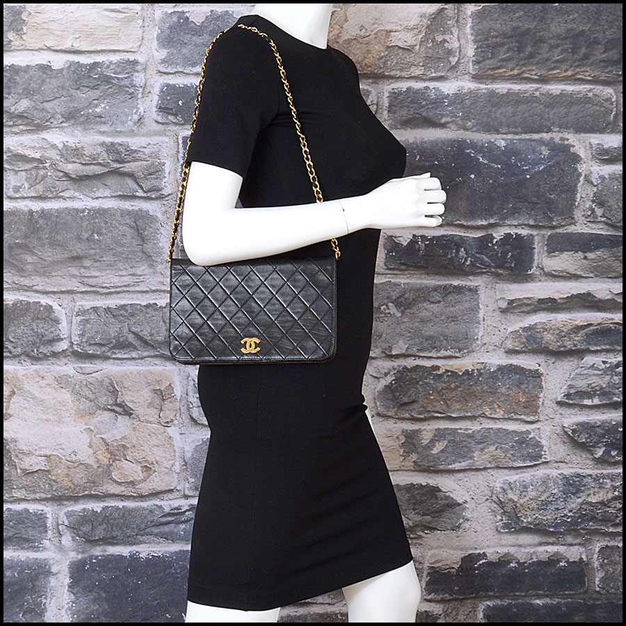 RDC10847 Chanel Vintage Black Lambskin Full Flap Shoulder Bag model
