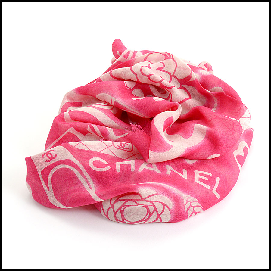 RDC11102 Chanel Hot Pink/Ivory Mementos Cashmere/Silk Scarf Wrap fold
