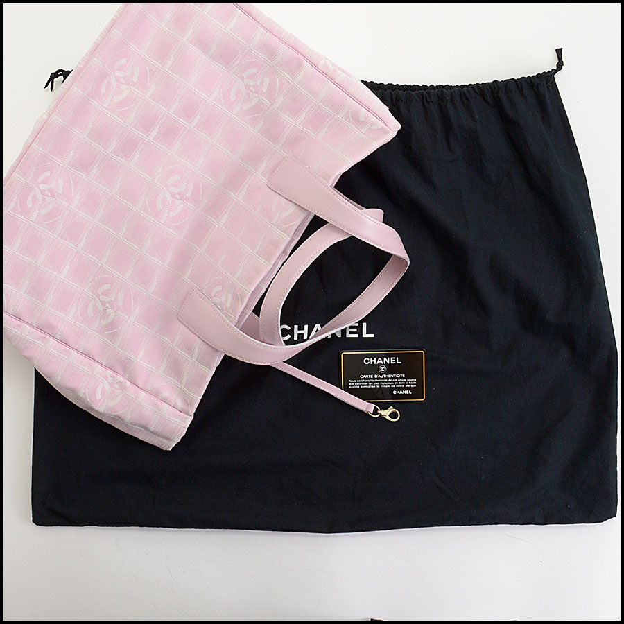 RDC10429 Chanel Pink Nylon Travel Tote Bag includes