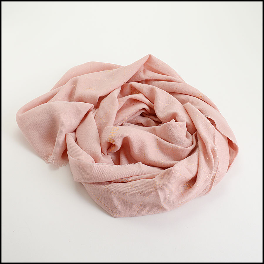 RDC11093 Chanel Pink Rose Gold Stamped Logo Wool Scarf fold