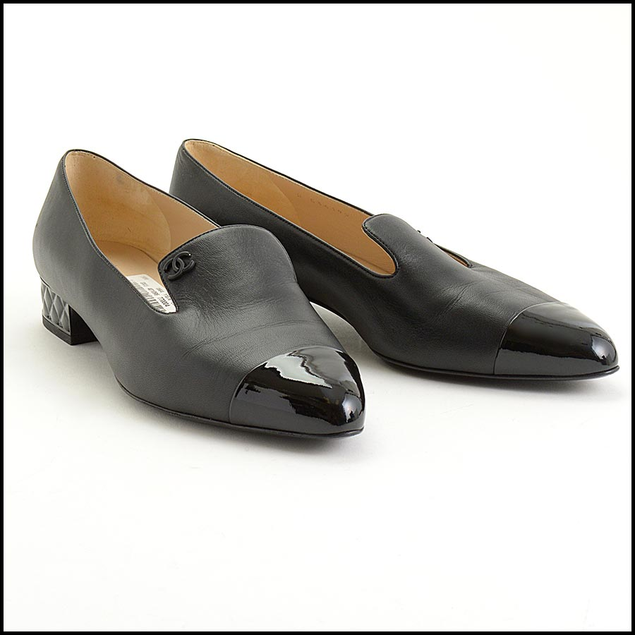 RDC11301 Chanel Black Leather Loafers Size 42