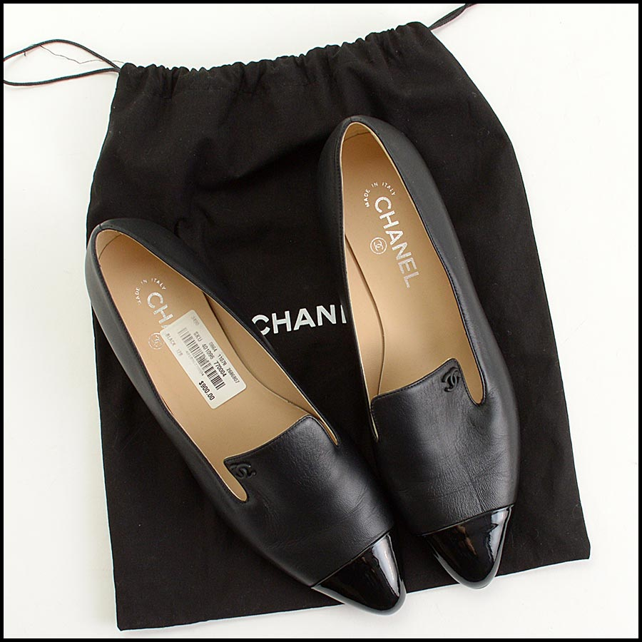 RDC11301 Chanel Black Leather Loafers Size 42 includes