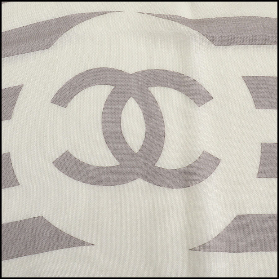 RDC11100 Chanel Taupe/Ivory/Peach Cashmere/Silk Scarf Wrap logo