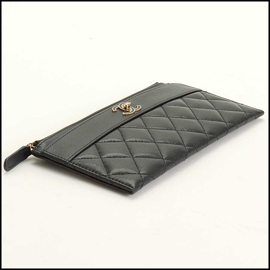 RDC11338 Chanel Black Quilted Leather Flat Wallet bottom