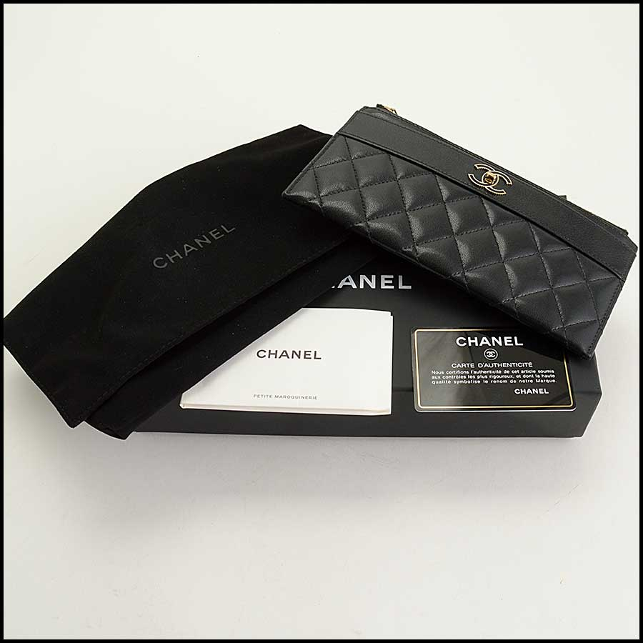 RDC11338 Chanel Black Quilted Leather Flat Wallet includes