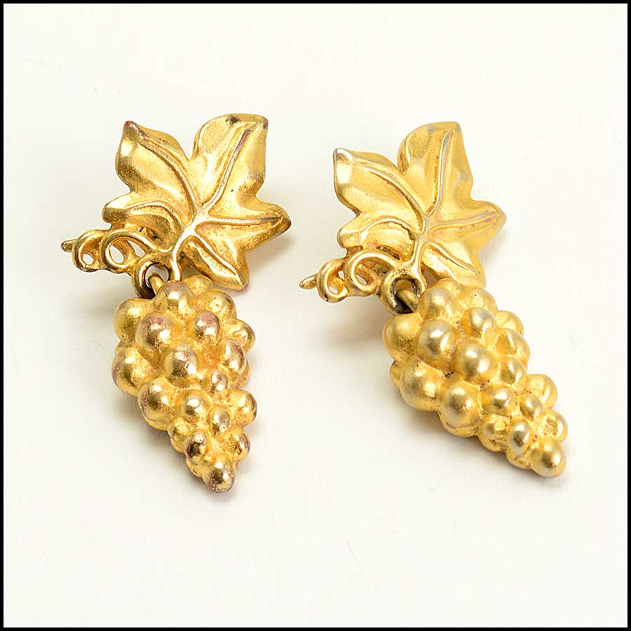 RDC11472 Givenchy Vintage Gold Grape Cluster Earrings