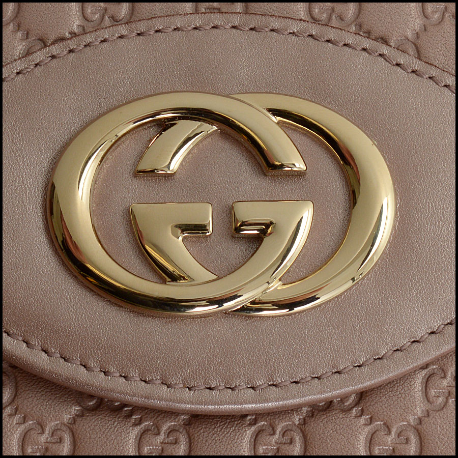 RDC10838 Gucci Pink Sukey Flap Wallet close up