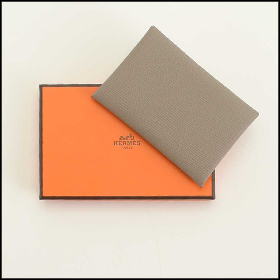 RDC11712 Hermes Taupe Cavli Card Holder includes