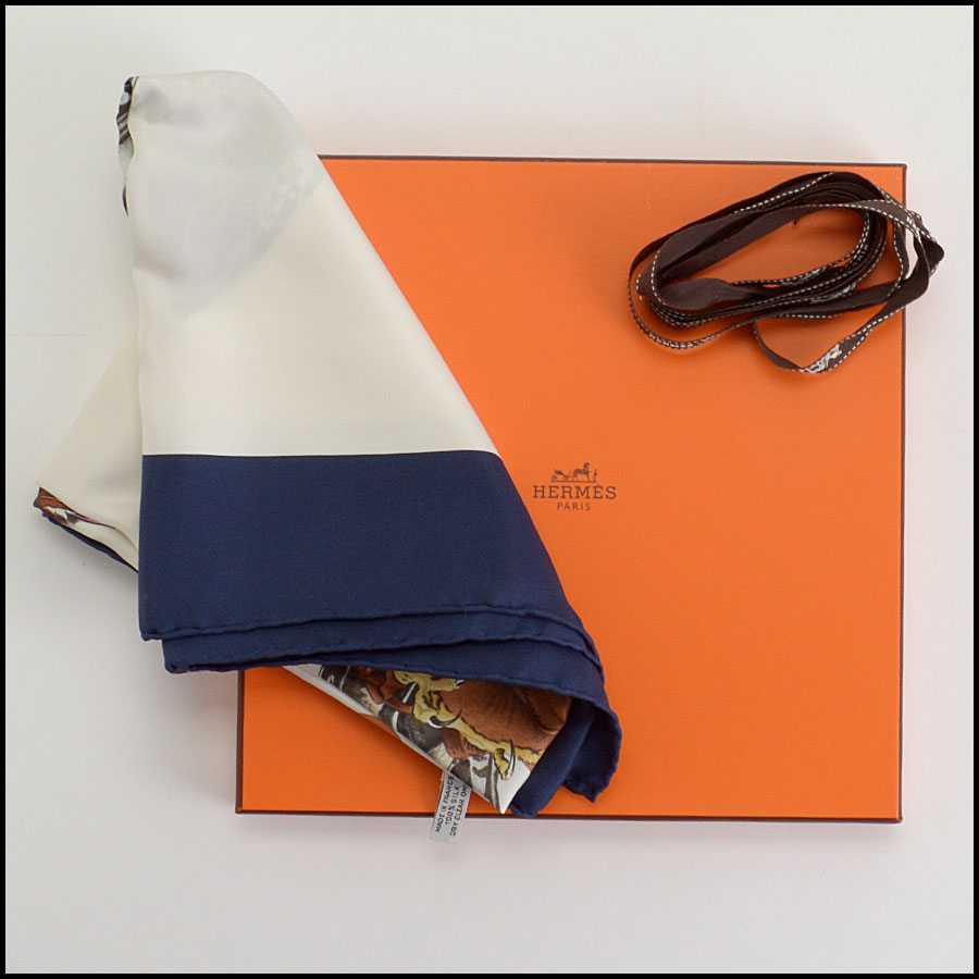 RDC10356 Hermes Chasse a' Vol Falcon 90cm Silk Scarf includes