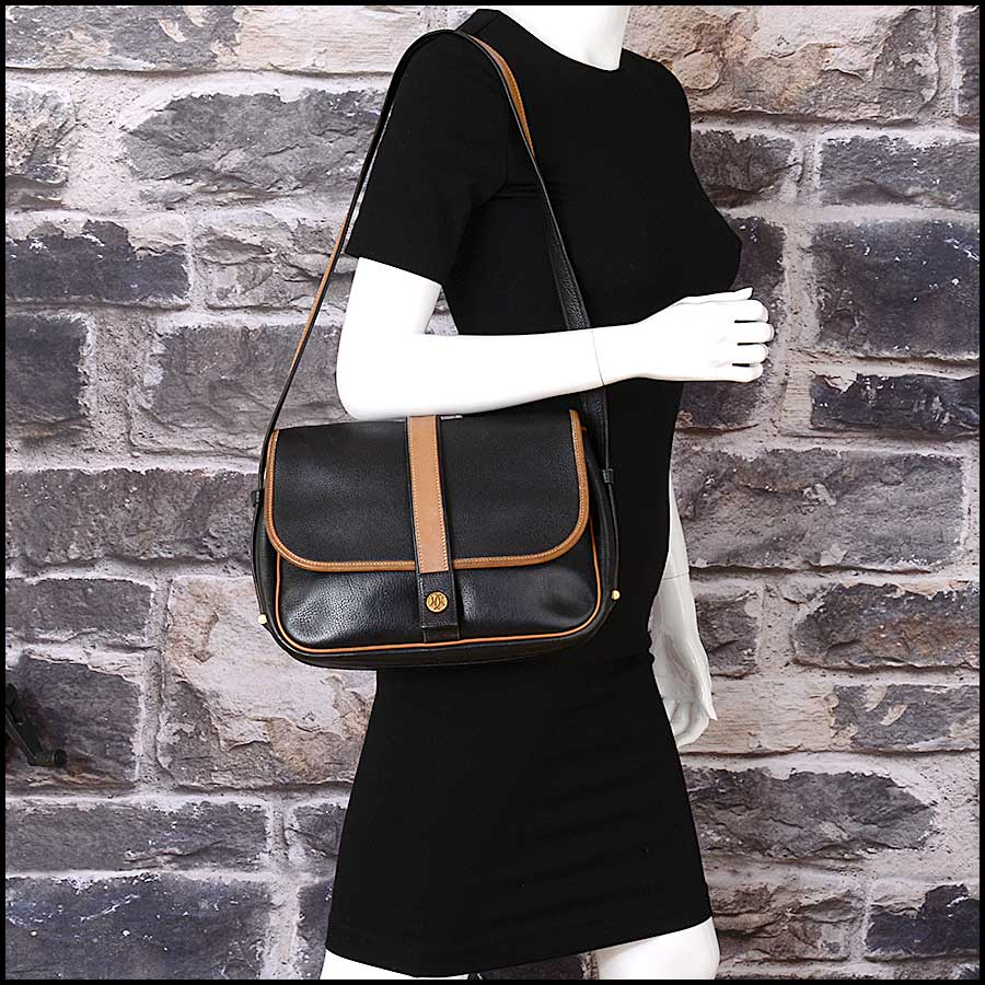 RDC11323 Hermes Black/Tan Noumea Bag model